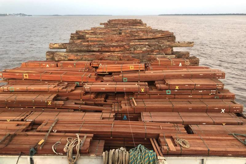 2,436m3 - amounting to about 120 truckloads - of logs and lumber seized in Marajó